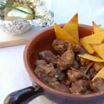 Chilly con carne, nachos e patate al cartoccio