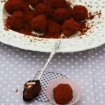 Tartufi al cioccolato fondente e spezie