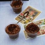 Mousse aux éclats de chocolat di Rachel Khoo