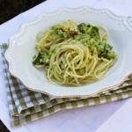 Spaghetti al pesto di porri e zucchine