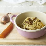 Spaghetti alla bottarga e briciole tostate