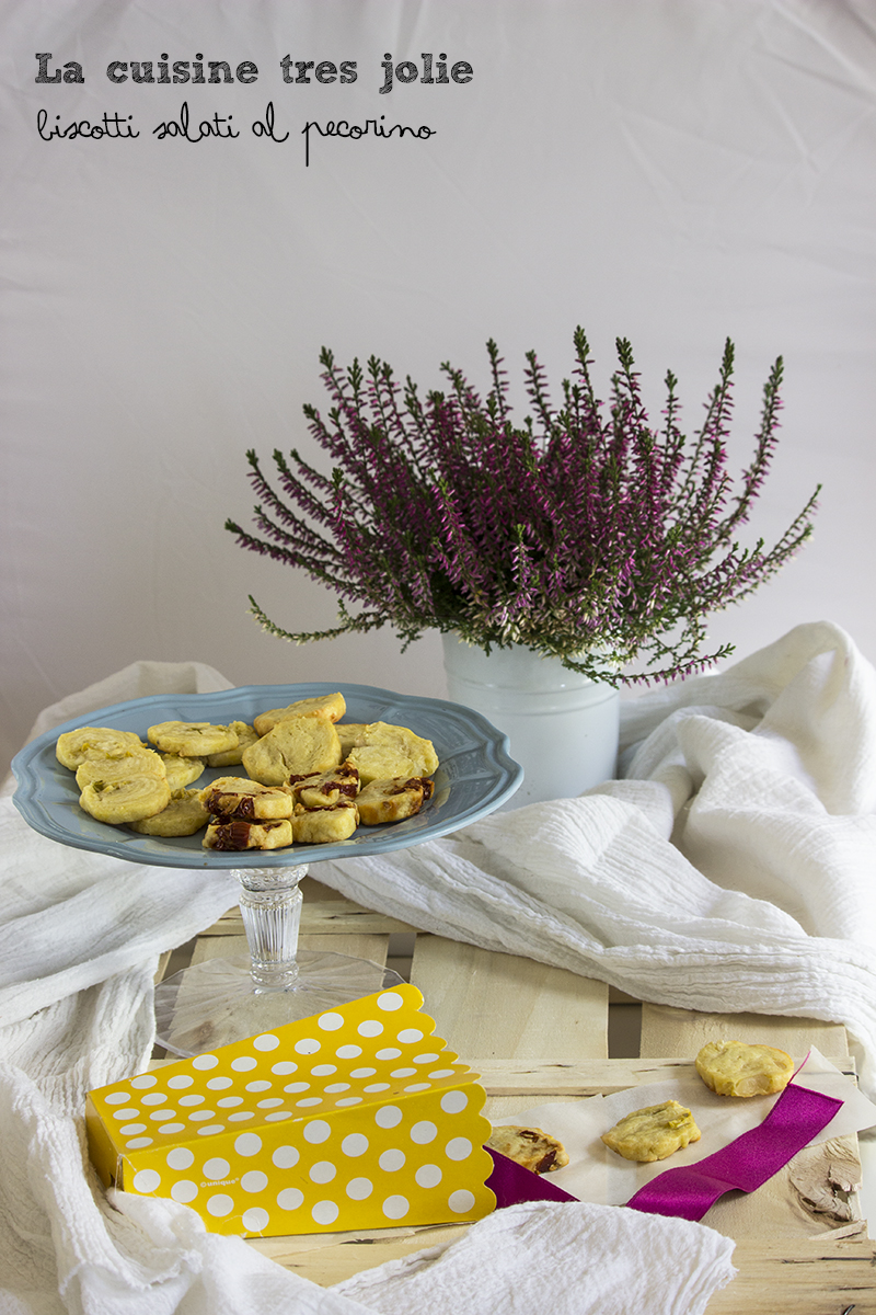biscotti-al-pecorino-1