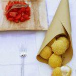 Ritorno alle origini: mozzarelline panate di cous cous