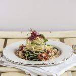 Spaghetti e agretti con ragù di pesce persico