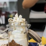Banoffee-pop-corn in vasetto